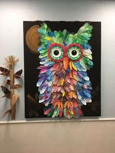day of school idea Collaborative owl. Created by students and staff at The Guthrie School, Allen, TX 2016 Art Auction Projects, Group Art Projects, Classroom Art Projects, School Art Projects, Art Classroom, Collaborative Art Projects For Kids, Class Projects, Art School, Ecole Art