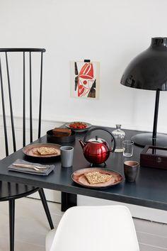 Design teapot Duet Saturn spices up your breakfast! http://www.bredemeijer.nl/collectie/duet-design/saturn.html