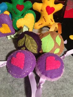 Cat Mad ~ Catnip Toy ~ Felt Circles with heart or leaf decoration ~ Ribbon Tails ~ Catnip Pet Kitties Kitten Plat by Nerdacious on Etsy