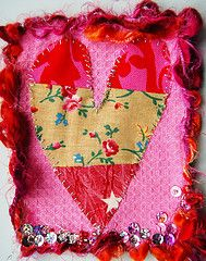 Step-by-step guide to making mixed-media Valentine postcards.