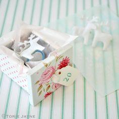 Reindeer hair bobbles tutorial by Torie Jayne Christmas 2014, Christmas Crafts, Christmas Decorations, My Little Nieces, Hair Bobbles, Jingle All The Way, Cute Diys, Decor Crafts, Reindeer