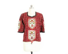 Vintage Indian Blouse -- Embroidered Shirt -- Ethnic Bohemian Blouse -- Short Sleeve Block Print Cotton Floral Folk Blouse -- Womens S / M by ImprovGoods on Etsy
