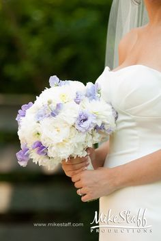 #wedding flowers #wedding bouquet #Michigan wedding #Mike Staff Productions #wedding details #wedding photography http://www.mikestaff.com/services/photography