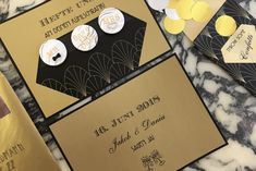 Ein Hochzeits Styled Shoot ganz im Stil von «The Great Gatsby The Great Gatsby, Mini Desserts, Save The Date Inspiration, Style, Guest Gifts, Newlyweds, Marriage Anniversary, Swag, Outfits