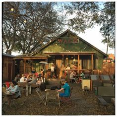 Here's What to See, Do and Eat In Waco, Texas