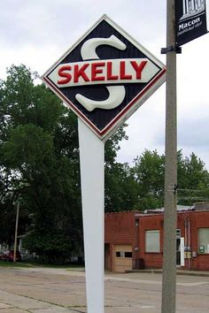 Skelly gas station waterloo iowa old image skelly gas for Creston motors creston ia