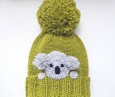 Sombrero de Koala de punto sombrero sombrero del invierno Knit pom pom hat with crochet Koala applique sewn onto. Cute winter outfit for kids, teens and women as well:) Choose your size and color using drop down menu. Available sizes: Toddler Knitted Hats Kids, Knitting For Kids, Baby Knitting, Crochet Hats, Crochet Animal Hats, Pom Poms, Pom Pom Hat, Winter Accessories, Girls Accessories