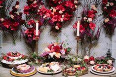 Marsala inspired dessert table #pantonemarsala