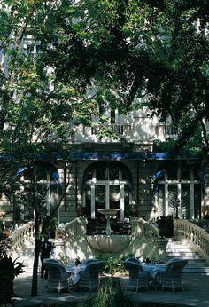 El Hotel Ritz fue el primer hotel de lujo de la capital. Madrid
