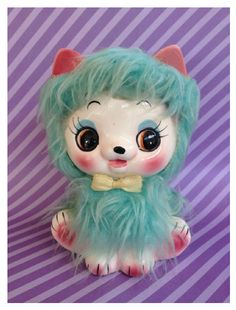 Oh so so cute an super special blue haired kitty cat! She has the sweetest face with rosy cheeks. Her perky ears are are ready to listen. She is really a