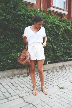 Every Funday: WHITE & COMFY