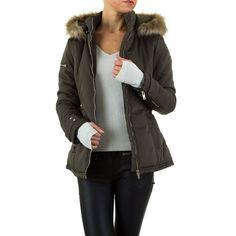 31,99 €  - Mit dieser schicken Jacke aus der aktuellen Noemi Kent Kollektion sind Sie bei frostigen Temperaturen bestens gekleidet. Die Jacke ist tailliert geschnitten und verfügt über eine Kapuze mit Kunstfellbesatz. Die Kapuze kann mit nur einem...
