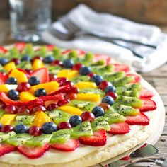 want a fruit pizza on the menu...pinning different recipes to find the one I like best!