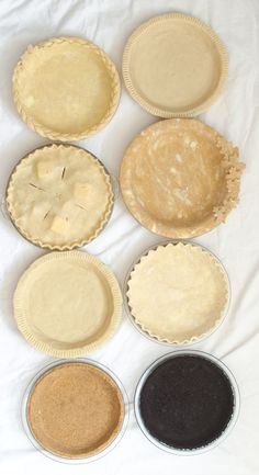 This is your ULTIMATE guide to making a perfect pie crust! It has 4 great recipes - traditional, whole wheat, graham cracker & chocolate cookie crusts.