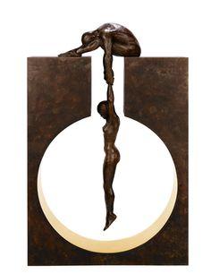 Gravedad, Lorenzo Quinn, bronce, 67 cm