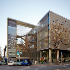 Biblioteca Sagrada Familia, Barcelona, Espanha   Flickr - Photo Sharing!