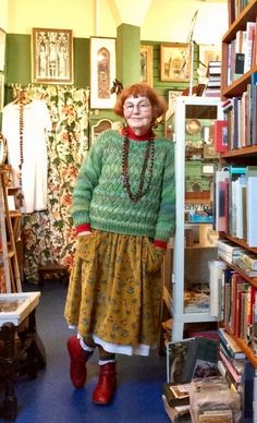 Quirky Fashion, 60 Fashion, Chic Outfits, Vintage Style Outfits, Granny Chic, Androgynous Fashion, Advanced Style, Mori Girl, Colourful Outfits