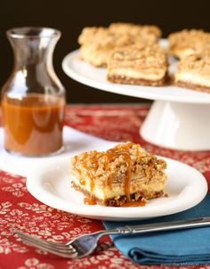 Caramel Apple Cheesecake Bars with Biscoff Cookie Crust - Garnish with Lemon