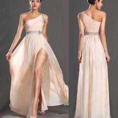 Voal sampanie, catifelat, si strasuri. Cupe bust inserate. Prom Dresses, Formal Dresses, Wedding Dresses, Dressmaking, Party Dress, Chiffon, Google, Clothes, Fashion