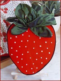 strawberry card closed