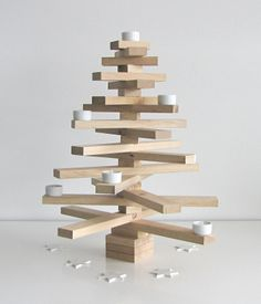 bauMsatz von Raumgestalt (Weihnachtsbaum aus Holz zum Zusammenstecken) http://www.holzdesignpur.de/alternativer-Deko-Weihnachtsbaum-aus-Holz