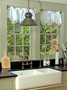 Sink with windows = a must have.
