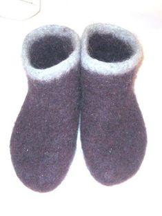 Gode, varme tova tøfler til herre eller dame. Slippers, Design, Threading, Sneakers, Slipper, Design Comics, Flip Flops