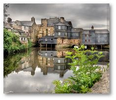 landerneau by day, France France, Amazing Ideas, Brittany, Images, Mansions, House Styles, City, Roots, Watercolor Painting
