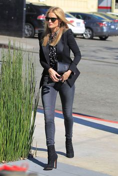 Rosie Huntington-Whiteley ~ she found a way to dress up her jeans in a totally relatable way for the workplace/office .