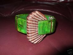Gorgeous green bakelite and rosewood clamper, perfect condition