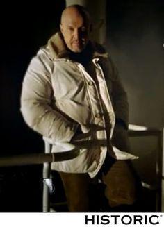 Marco Berry, conduttore di Mistero indossa Historic Atmospheric Parka http://historic-brand.com/shop/autunno-inverno-2014-15-uomo/norge-atmospheric-parka-4/  #fashion #marcoberry #modauomo #historic #mensfashion