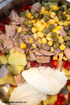 salata-festiva-de-ton-1 Tuna Recipes, Bread Recipes, Cooking Recipes, Sushi, Good Food, Food And Drink, Appetizers, Snacks, Homemade