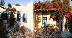 "Welcome to the ""Villa Iolanthe"" in Paros, Greece. Paros Greece, Luxury Villa, Building A House, Greek, Island, Outdoor Decor, Luxury Condo, Build House, Islands"