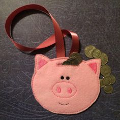 Piggy Bank Felt Pig Face to Hang or Use as a by CraftRoomChaos, $5.00