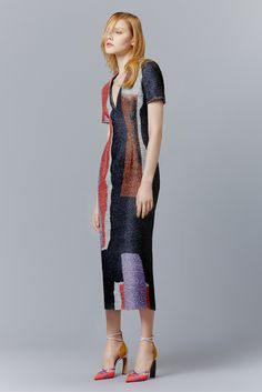 http://www.style.com/slideshows/fashion-shows/pre-fall-2015/roksanda/collection/12