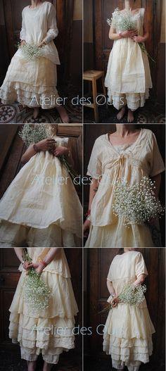 MLLE VANILLE : jupon organdi + sarouel + robe chasuble dentelle + tunique courte en dentelle Les Ours