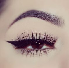One Eye! Makeup Trends