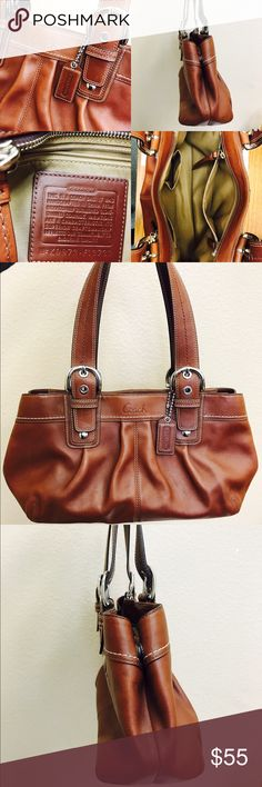 ❤️️Authentic COACH SoHo Pleated Leather Tote 👜 Beautiful & Authentic Large COACH Tote. It's soft and is a camel color. Just adorable! Very, very tiny pen mark (see pic)- I'm sure it can be cleaned off very easily with leather cleaner, or some other special product. It has room for a nice size wallet and any other treasures you wish to carry.💕👍🏻 You'll love it! Coach Bags Totes
