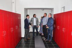 Sportovci na TJ Lokomotiva Plzeň mají nové zázemí u venkovního sportoviště | Plzeň.cz