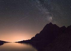 Life-of-Pix-free-stock-landscape-reflections-milkyway-StefanStefancik