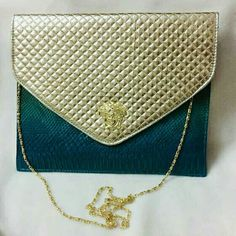 Check out Beautiful Clutch Cum Bag on Shopo - http://shopo.in/products/4945601?referrerid=155435669&utm_source=Share&utm_medium=Android&utm_campaign=PDP&utm_content=PDP