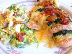 SPLENDID LOW-CARBING BY JENNIFER ELOFF: HASSELBACK CHICKEN WITH SPINACH, BACON AND MONTEREY