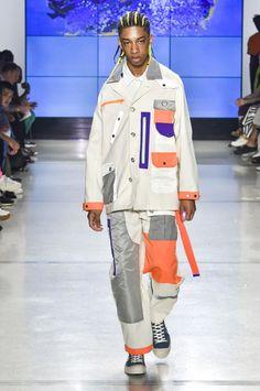 Landlord Spring 2019 Menswear Fashion Show Collection: See the complete Landlord Spring 2019 Menswear collection. Look 20 New York Fashion, Mens Fashion, Fashion Outfits, Fashion Ideas, Fashion Tips, Fashion Hashtags, Linen Suit, Stunning Summer, Summer Suits