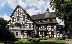 Peace church in Swidnica, Poland (Unesco world heritage) Religious Architecture, Architecture Details, Saint Jean Baptiste, Medieval Town, Krakow, Beautiful Places To Visit, World Heritage Sites, House Styles, Building