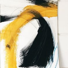 Details . . #abstractart #abstractpainting #details #yellowandblack #markmaking #modernart #contemporaryart #brushstrokes #artprogress…
