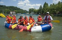 awesome Water-comparable enjoyable and music are in retailer at Cincinnati, Ohio's River Paddlefest