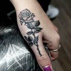 If you walk into a tattoo studio, you can easily see that there are virtually no limits to tattoo designs. Thumb Tattoos, Finger Tattoos, Body Art Tattoos, New Tattoos, Arrow Tattoos, Word Tattoos, Temporary Tattoos, Tattoo Drawings, Rose Hand Tattoo