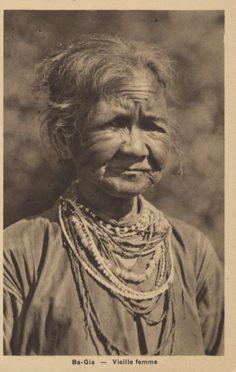 Ba-Gia — Vieille femme Vietnam