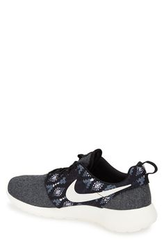 nike free shoes sale $22 for black friday,it is your best choice to repin it and click link stuff to buy!