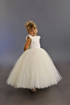 So cute for the buggies Childrens Bridesmaid Dresses, Kids Bridesmaid Dress, Bridesmaid Flowers, Wedding Dresses, Bridesmaid Ideas, Bridesmaids, Flower Girl Tutu, Flower Girl Dresses, Tutu Dresses